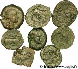 MASSALIA - MARSEILLE Lot de 8 petits bronzes au taureau (hémiobole ?)