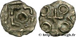 ENGLAND - ANGLO-SAXONS Sceat au carré perlé, mule de la Série D, type 8