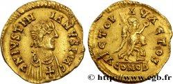 PSEUDO IMPERIAL COINAGE Triens à la victoire, au nom de Justinien