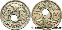 5 centimes Lindauer, petit module, perforation décentrée 1930 Paris F.122/13 var. TTB48