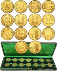 Boîte de présentation contenant deux séries des sept pré-séries de 20 centimes du concours monétaire SANS LE MOT ESSAI 1961 Paris GEM.55 15 FDC